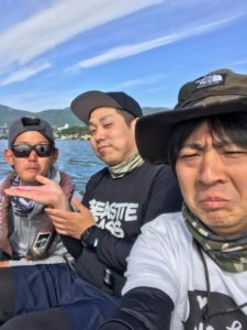 晴天無風のちババ荒れの琵琶湖
