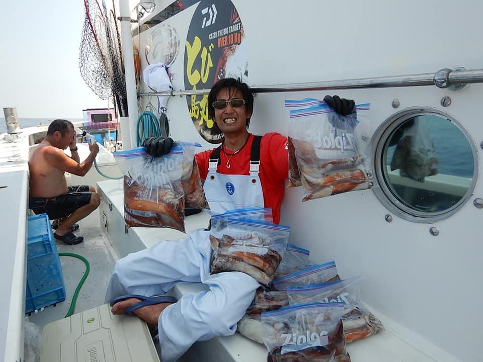 石廊崎沖のスルメイカと今は湾内本ガツオ、これからは真鯛も始めます