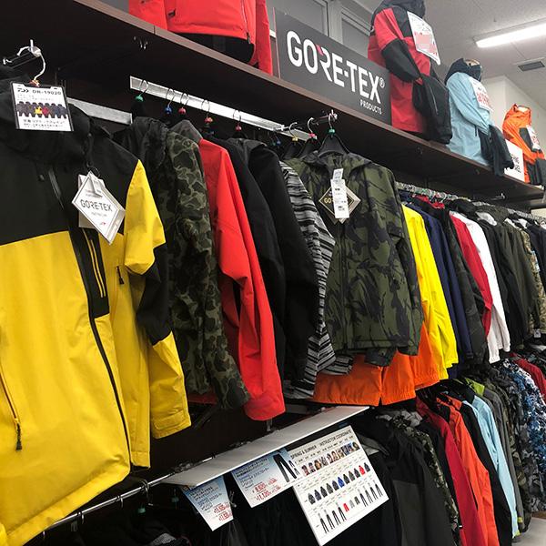 衣料品コーナー